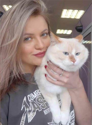 котоняня в гостинице для кошек